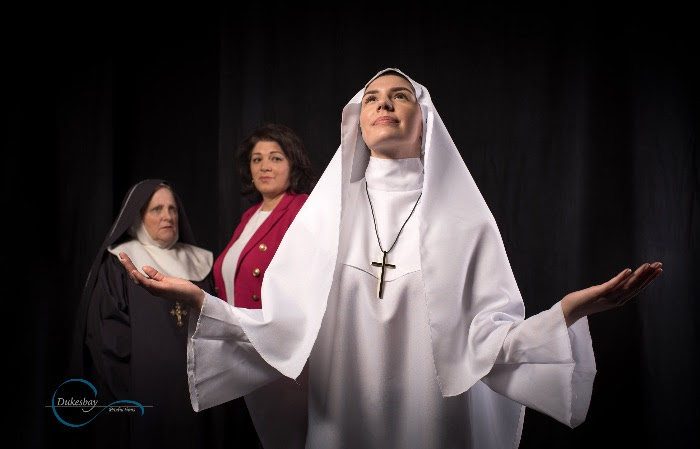 "l to r, Laurie Sifford, Maria Valenzuela, and Cecilia Lewis in Dukesbay's ""Agnes of God."""