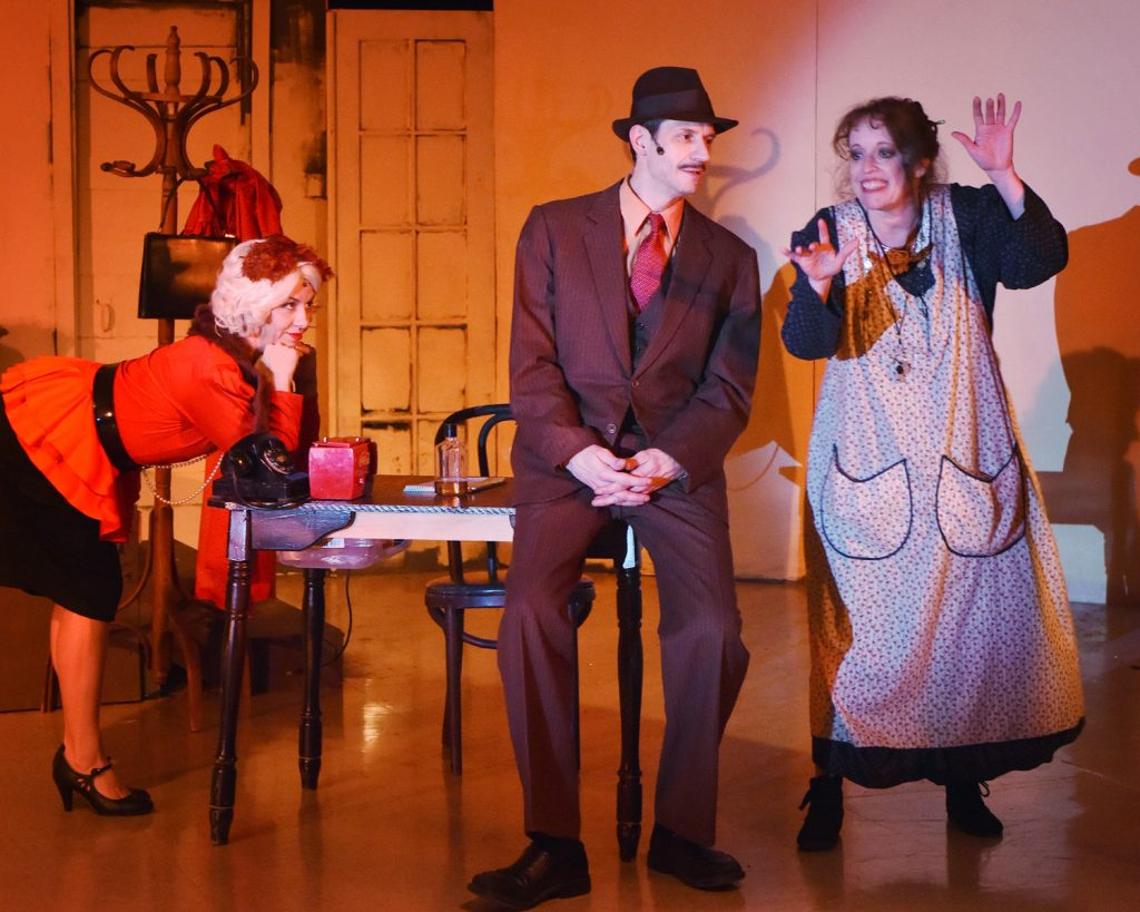 "l to r, Amanda Gardner, Eli Ghorley, and Kim Myers in Paradise Theatre's ""Annie."""
